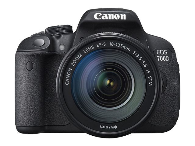 Canon EOS 700D и обектив EF-S 18-135 IS STM